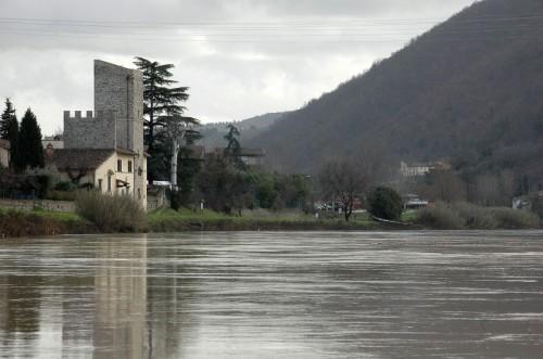 Pontassieve - La torre controlla l'Arno