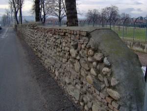 quel che resta delle mura………..