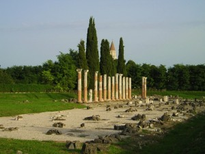 I cipressi di Aquileia