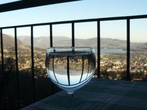 Il mondo in un bicchiere d'acqua