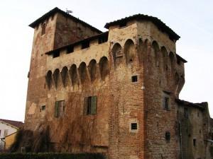 Rocca Strozzi da vicino