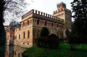 castello villa manfredi