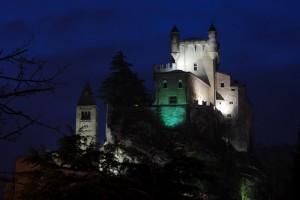 Il Castello di Saint Pierre By Nyght