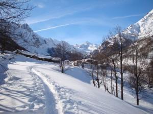 verso la frazione Perinera, Usseglio, Valle di Viù