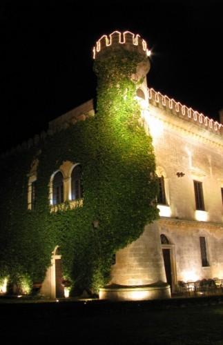 Salice Salentino - IL TORRIONE-- castello-monaci