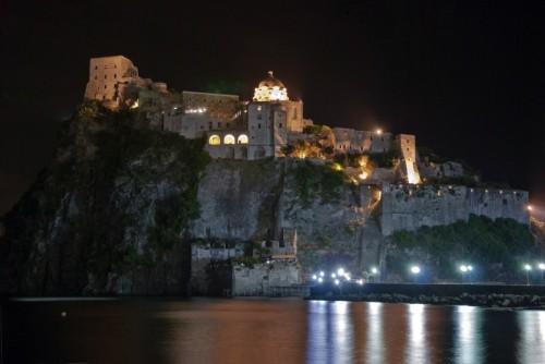Ischia - Castrum Gironis in notturna