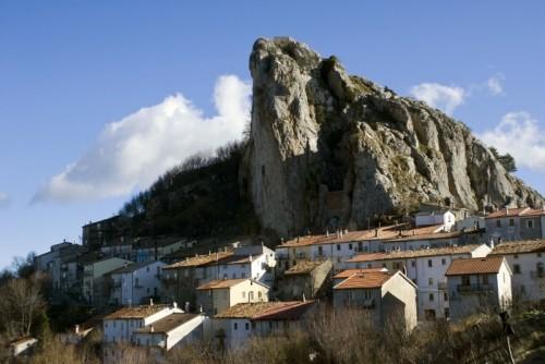 Pizzoferrato - La Roccia sopra  Pizzoferrato