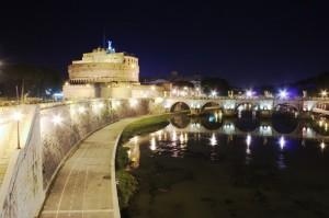 Castel Sant'Angelo poco prima di mezzanotte