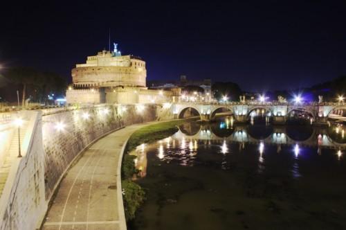 Roma - Castel Sant'Angelo poco prima di mezzanotte