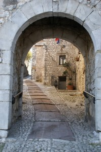 ingresso al centro storico Fumone