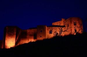 il castello di Melfi verso sera