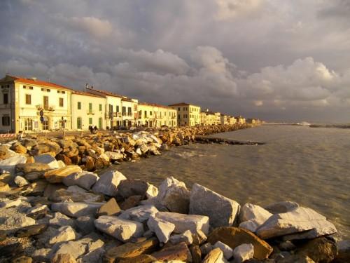 Pisa - Marina in balia degli elementi...