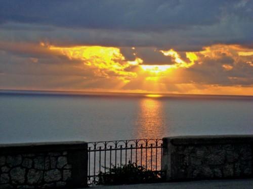 San Lucido - IL SORRISO DI UN TRAMONTO