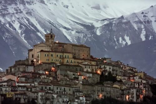 Casoli - La montagna sul castello ducale