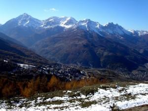 panorama di Sauze d'Oulx dall'alto