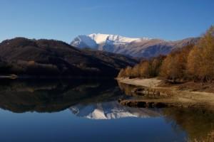 Monte Vettore riflesso nel Lago di Gerosa