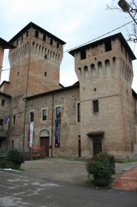 Entrata al castello di Montecchio
