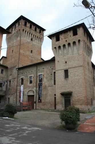 Montecchio Emilia - Entrata al castello di Montecchio