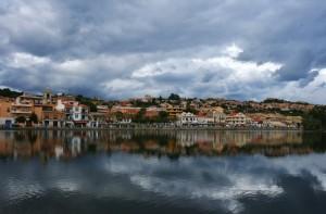 aria temporalesca al lago
