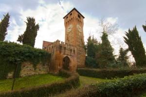 Torre dell' orologio - Rocca di Bazzano