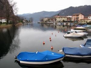 Lungo lago di Lavena Ponte Tresa