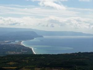 Gioia Tauro, il porto visto da Monte Poro