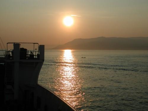 Messina - Alba sullo stretto.