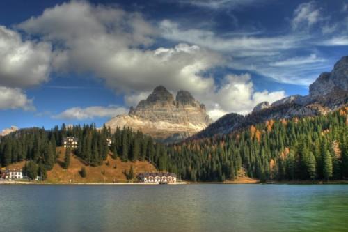 Auronzo di Cadore - La magica visione autunnale del Lago di Misurina