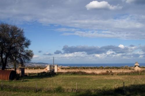 Campo Calabro - Cinta murarie del fortino di matiniti