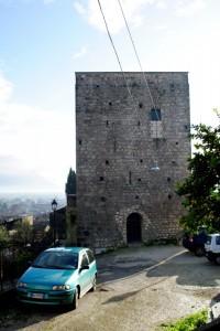 Torre a guardia del borgo