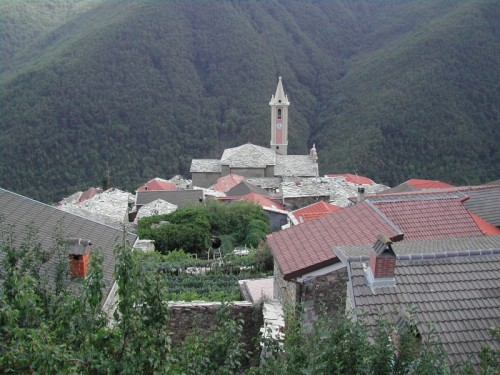 Rezzo - Panorama della frazione di Cènova