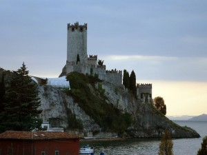 Castello all'imbrunire