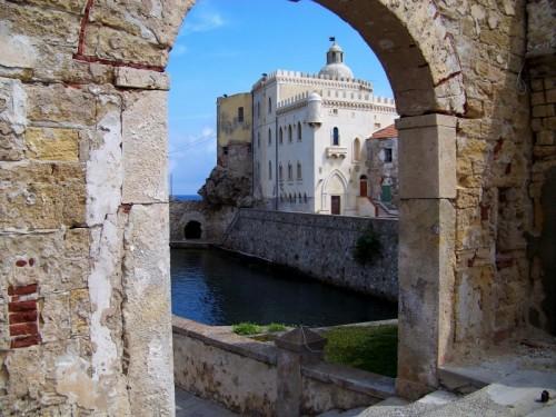Campo nell'Elba - Pianosa, palazzo della specola