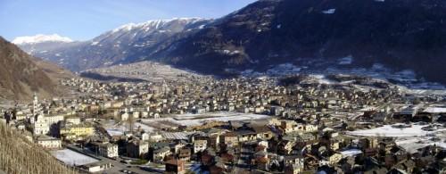 Tirano - Tirano, vista dalla strada per S. Perpetua