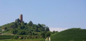 La torre e le colline