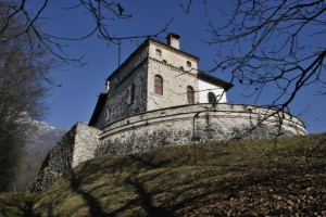 Castel Lusa così nel blu.
