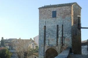 Torre di ingresso a Novilara