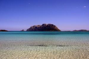 Isole di Tavolara e Molara dalla spiaggia di Porto Istana