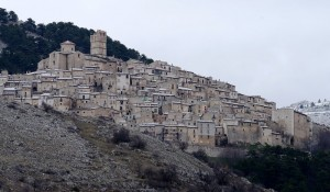 Le case con il colore della pietra