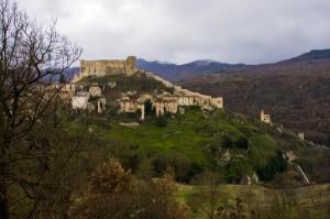Panorama sotto il castello di Brienza
