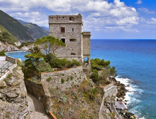 Monterosso al Mare - Torre Aurora