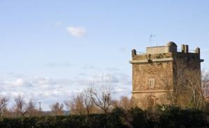 La torre e le nuvole