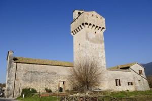 S.Maria in Pantano - Torre fortificata utilizzata come campanile