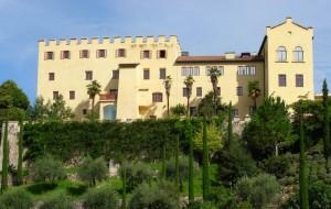 Il castello e i suoi giardini
