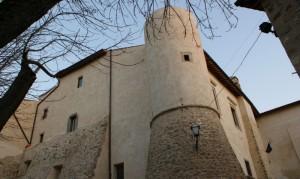 Il castello Baronale di Mompeo ristrutturato…