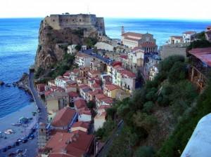 Marina Grande - borgo e castello