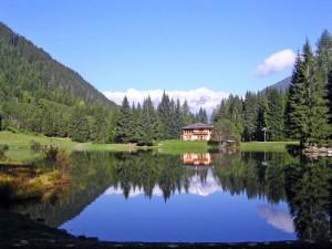 Lago dei Caprioli in una mattina di settembre