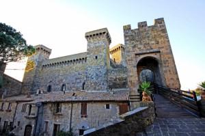 L'ingresso alla Rocca Monaldeschi