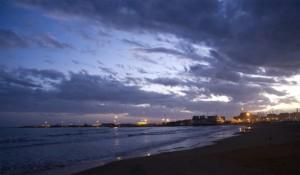 La spiaggia di notte