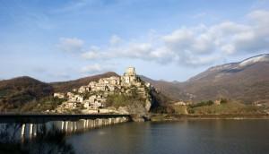 Paesaggio di Castel di Tora